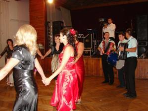Tanec s vydatými ženami
