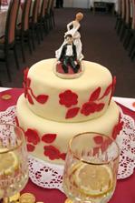 ozdoba na hlavním dortu