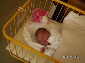 10,5 měsíce po svatbě se nám narodila naše holčička Emma Marie:-)