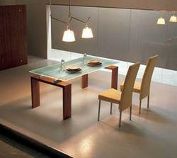 jídelní stůl - že by takhle?