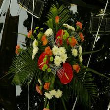 kytička na autě nevěsty