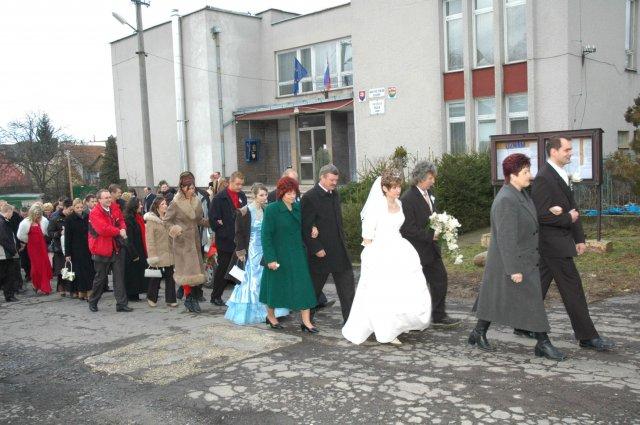 Radka Líšková{{_AND_}}Milan Michalovský - Sprievod do kostola