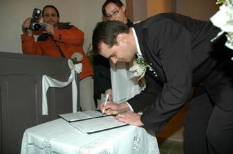 Manželov podpis