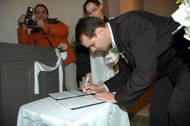Radka Líšková{{_AND_}}Milan Michalovský - Manželov podpis