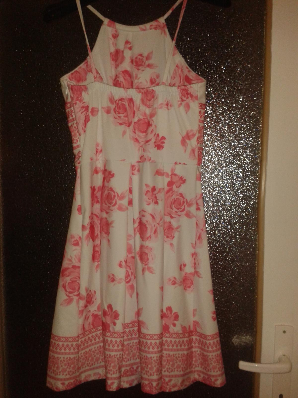 Kvietkované šaty - Obrázok č. 2