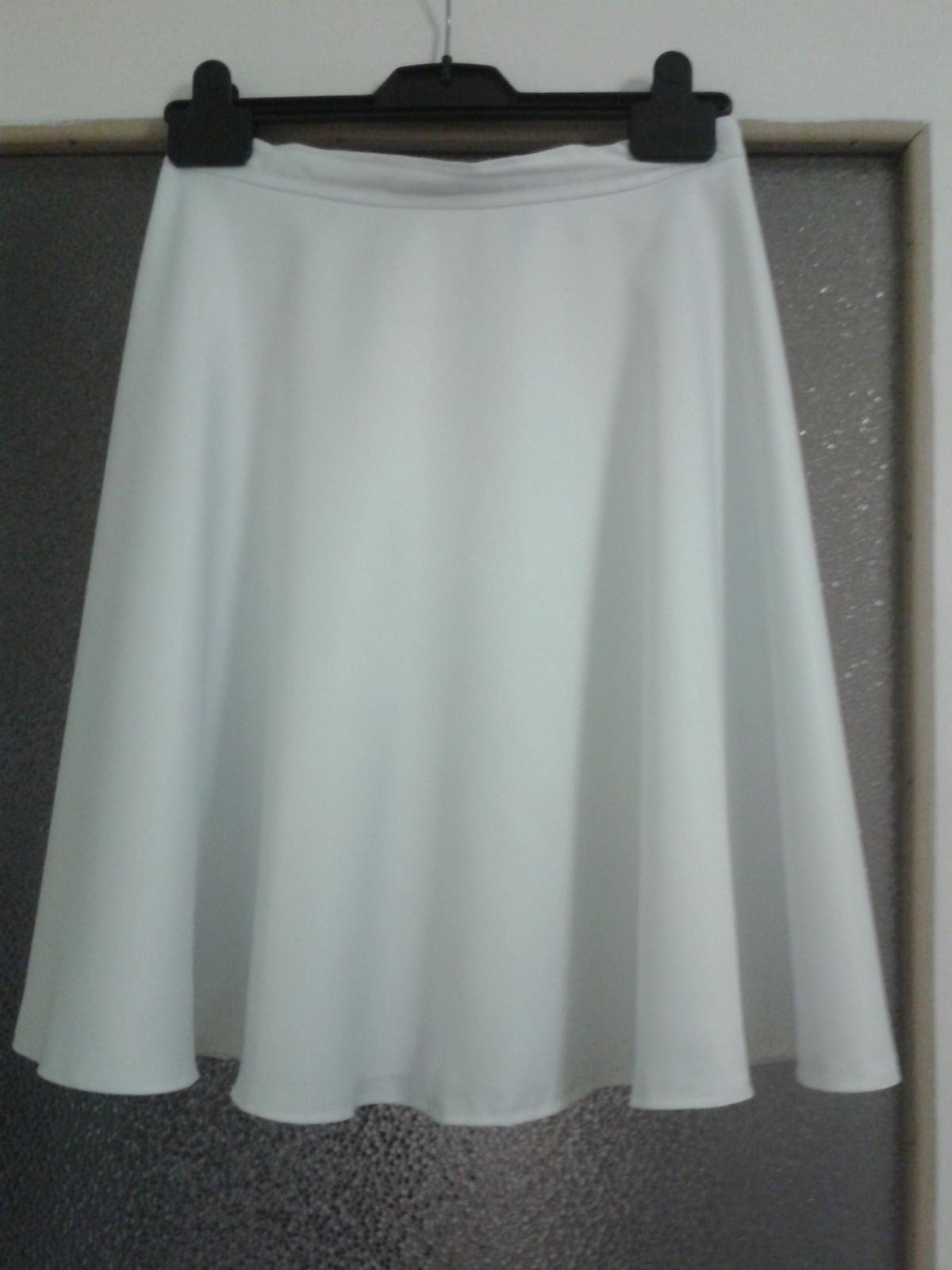 Biela saténová sukňa - Obrázok č. 3
