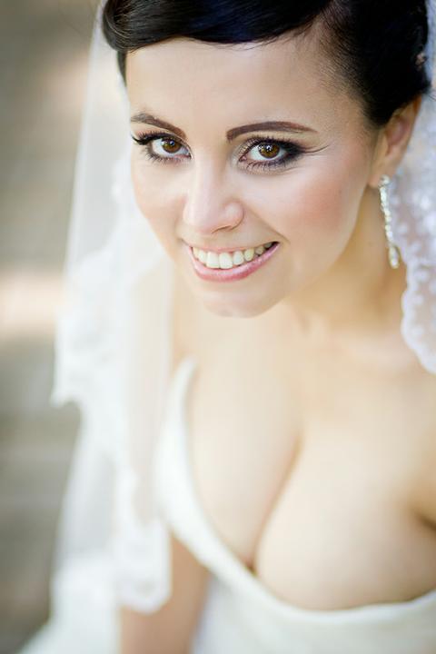 Boris Bordács make-up & hairstyle - svadobné líčenie a účes - photo: www.barathphoto.sk, líčenie/účes: boris