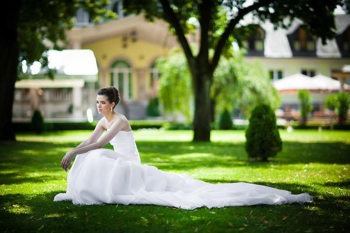 Boris Bordács make-up & hairstyle - svadobné líčenie a účes - Photo: www.petermeciar.sk, licenie/uces: boris