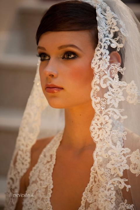Boris Bordács make-up & hairstyle - svadobné líčenie a účes - licenie/uces: boris, photo: www.nevesta.sk