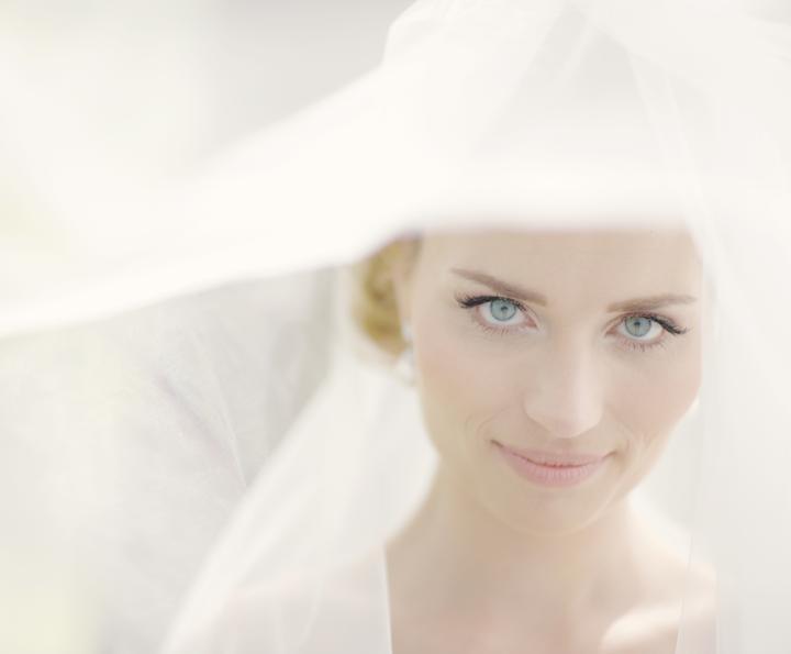 Boris Bordács make-up & hairstyle - svadobné líčenie a účes - photo: www.rofo.sk; licenie/uces: boris