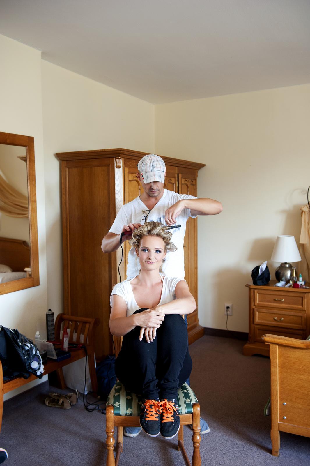 Boris Bordács make-up & hairstyle - svadobné líčenie a účes - photo: www.jstudio.sk , mua/hair: boris