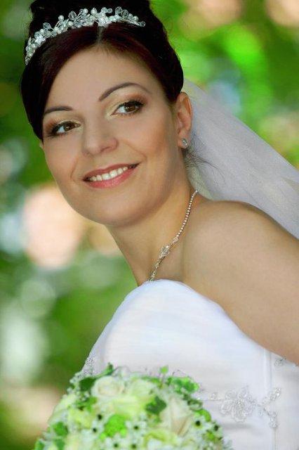 Boris Bordács make-up & hairstyle - svadobné líčenie a účes - make-up: boris