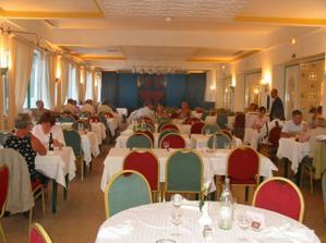 jídelna v hotelu v Hammamatu Tunis