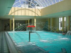 ještě vnitřní bazén