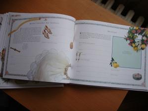 Kniha naše svatba uvnitř