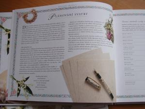 Kniha naše svatba uvnitř ještě jednou