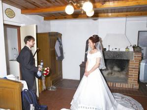 Ženich si řišel ro nevěstu