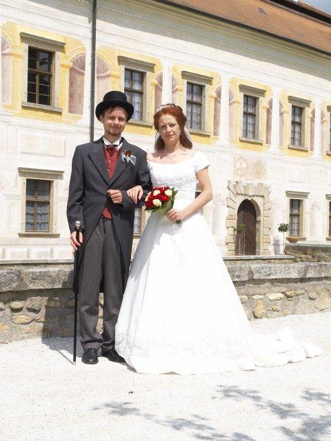Romča{{_AND_}}Jan - Kratochvíle - zámecký pár :)