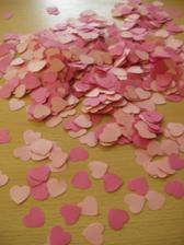 konfety na stôl
