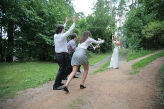 Trochu netradiční chytání, chytil ženich, ale co, já to mám za pár :)