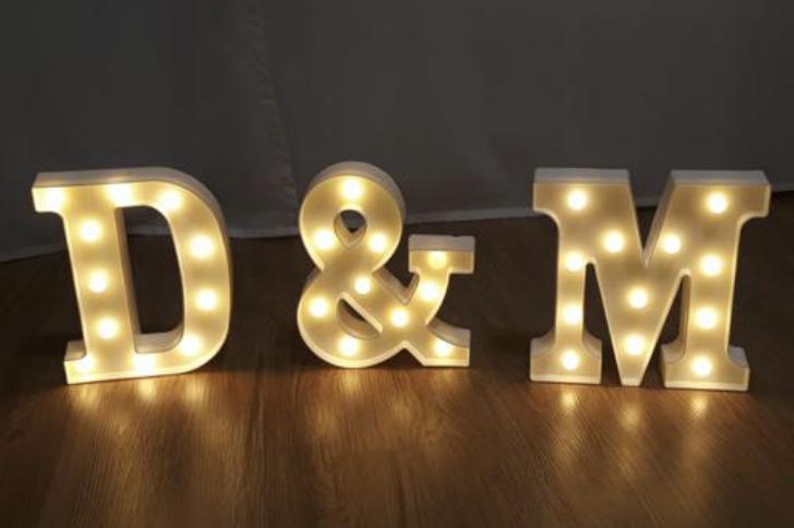 Svítící písmena D & M - Obrázek č. 1