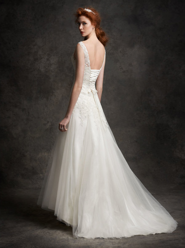 Svatební šaty Ella Rosa Gallery GA2250 - Obrázek č. 2