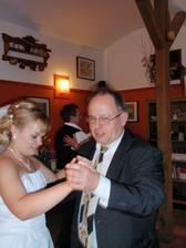 tanec s tatínkem :-)