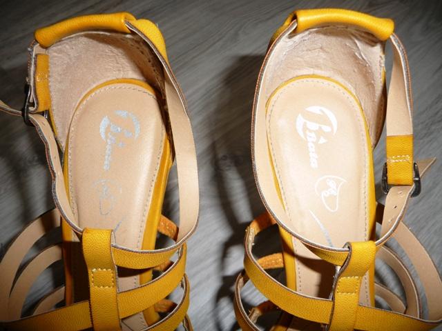 Žlté sandále značky Baťa - Obrázok č. 3