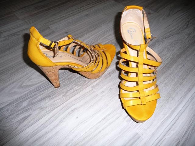Žlté sandále značky Baťa - Obrázok č. 4