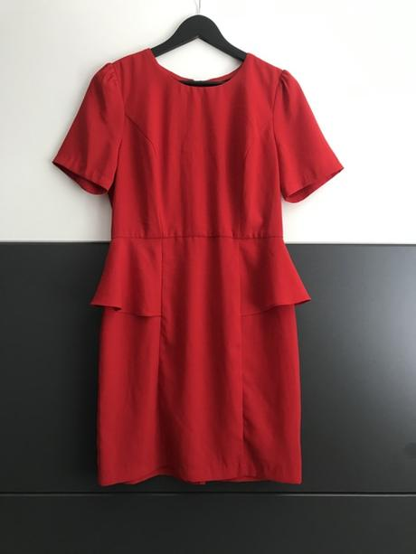 Červené šaty značky Forever21 - Obrázok č. 1