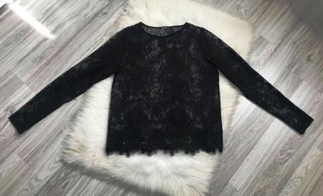 Nenosený dámsky čipkovaný čierny top značky Orsay - Obrázok č. 1