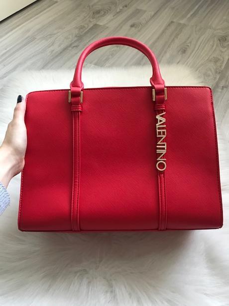 Červená kabelka značky Valentino - Obrázok č. 2