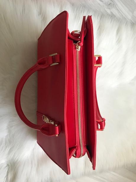 Červená kabelka značky Valentino - Obrázok č. 4