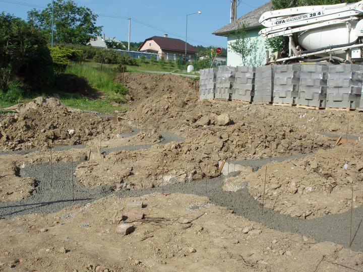 Novostavba - 30.5.2012