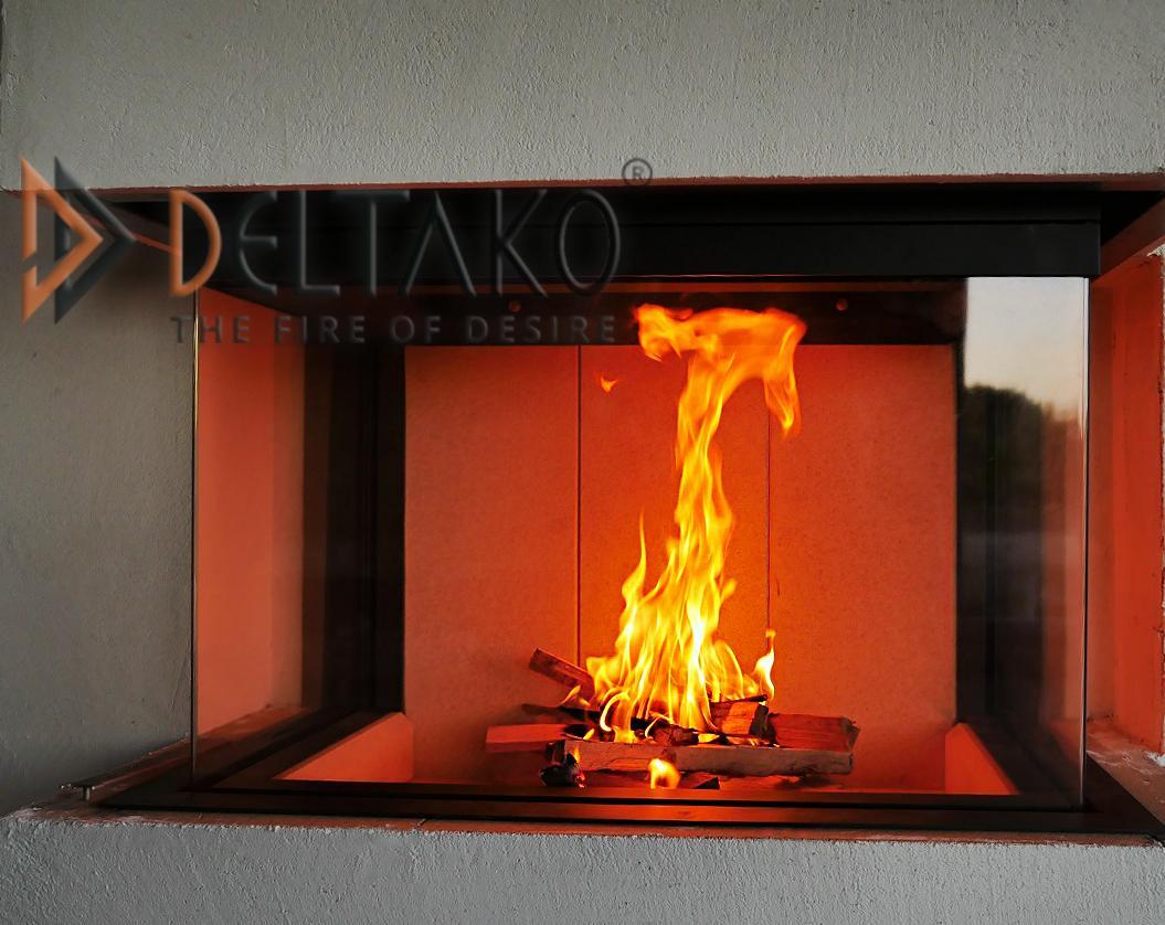 Deltako Triton 10 - Pre milovníkov ozaj vysokých plameňov - Zaujímavá fotka spaľovania, na ktorej sa dá vidieť ako na vrchnej časti kbu sa znovu zapália spaliny a vytvorí sa ozaj vysoký plameň