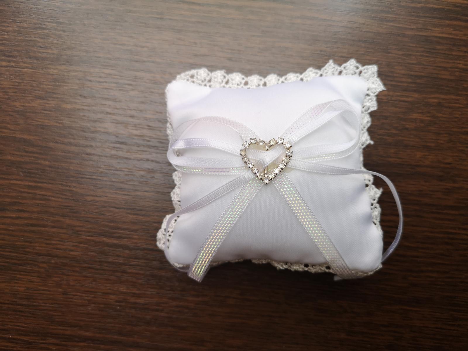 Polštářek na svatební prstýnky - Obrázek č. 1