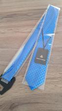 Konečně kravata, která se líbí jak mě, tak přítelovi. Původně jsem si myslela, že by mohl mít bílou, ale to jsem si myslela jen já :D