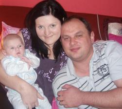 A tu šťastna rodinka uz aj s nasim Filipkom