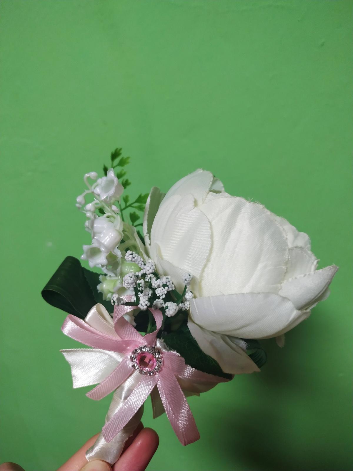 svadobná kytica + pierko pre ženícha - Obrázok č. 1