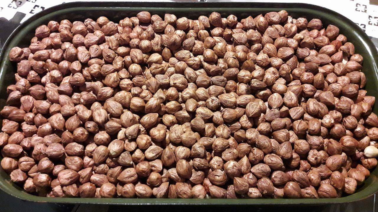 lupane vlasske orechy a lupane lieskove orechy - Obrázok č. 2