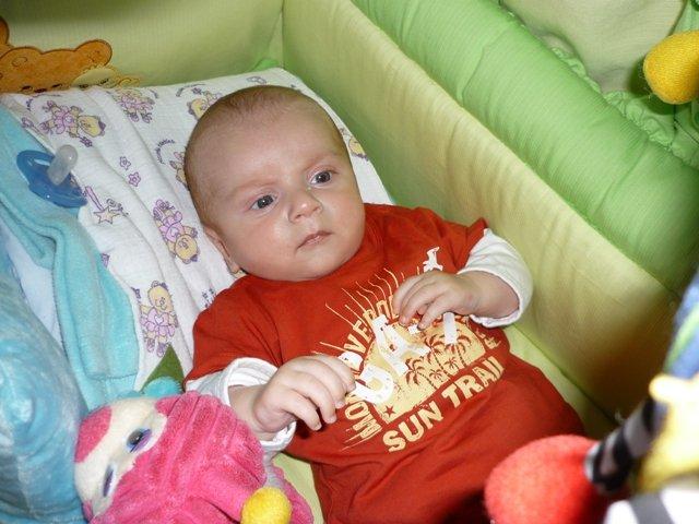 Erika{{_AND_}}Radoslav - 9.9.2008 sa nám narodil krásny chlapček Radko