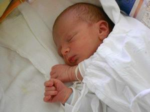 24.3.2012 ve 2:07 se nám narodil syn Dan