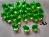 Světle zelená dekorační srdíčka,
