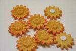 ...a toto jsou kvítky, které budou zdobit smetanový vlizelín na uatech....