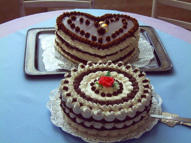 Marek a Martina - zásnubné tortičky od našich maminiek