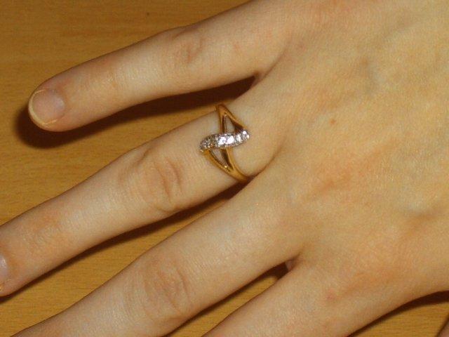 Marek a Martina - môj zásnubný prstienok od drahého