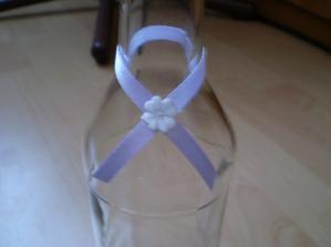 detail na fľašku