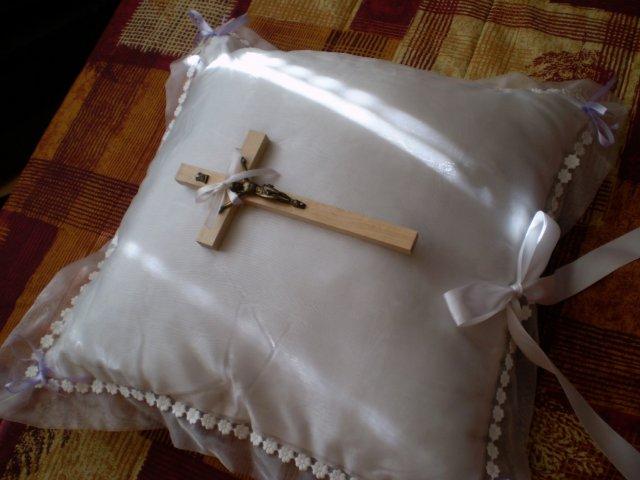 Marek a Martina - vankúšik s krížikom - vlastná výroba