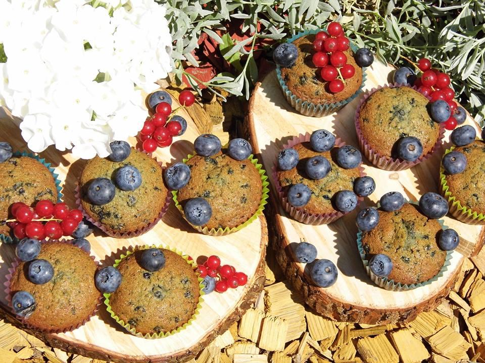 Muffiny a torta na candy bar - Obrázok č. 2