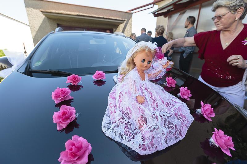 23 kytiček na auto nevěsty a organza zdarma - Obrázek č. 2